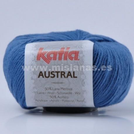 Austral Katia - Azafata 99